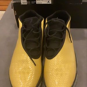 Air Jordan Future GG- 6Y 685251990